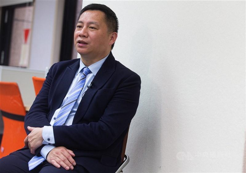 中國民運人士王丹等人所創辦的華人民主書院,先前已取消在香港的註冊登記。(中央社檔案照片)