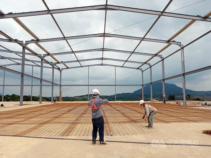 台商企業松玥建設在菲律賓蘇比克灣斥資4億美元(約新台幣111.43億元)開發工業園區,超過7成資材自台灣進口。(松玥建設提供)中央社記者陳妍君蘇比克灣傳真 110年3月2日