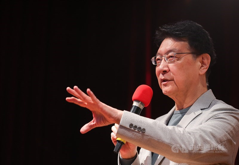 表態要爭取國民黨2024年總統提名的趙少康(圖)說,他不知道連勝文有無針對誰,但若黨主席不能選總統,他就不會選主席。(中央社檔案照片)