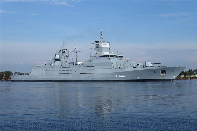 德國多名政府官員2日指出,一艘德國巡防艦將成為自2002年以來首艘越過南海的德國軍艦。圖為德國巴登-符騰堡級巡防艦。(圖取自維基共享資源;作者Ein Dahmer ,CC BY-SA 4.0)