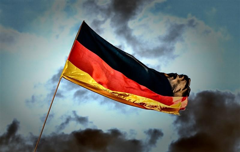 德國政府決定可對近年在政壇快速崛起的極右翼「德國另類選擇黨」(AfD)祭出監聽等措施,是二戰後首度對擁有國會席次的主要反對黨下重手。(圖取自Pixabay圖庫)