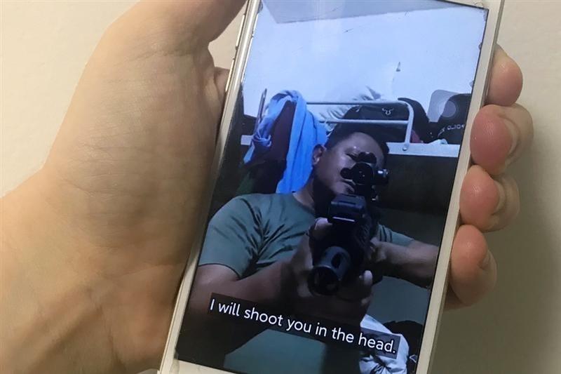 數位權利組織緬甸資通訊技術發展組織表示,武裝的緬甸士兵和警察正在利用TikTok向反政變抗議民眾發出死亡威脅。(路透社)