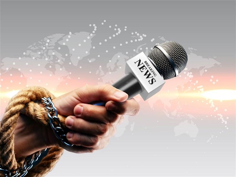 中國駐華外國記者協會發表報告指出,中國政府在武漢肺炎疫情期間騷擾外國記者的情形越趨嚴重。(中央社)