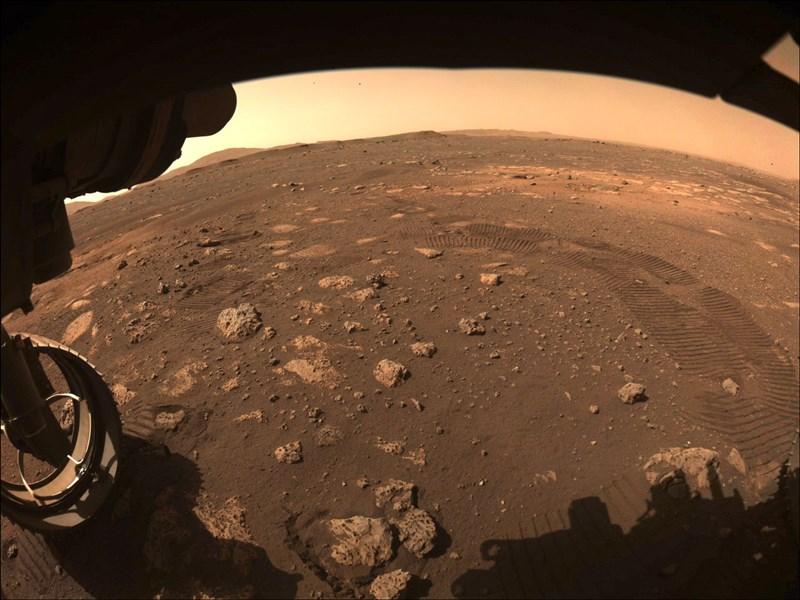 NASA5日表示,毅力號已在火星上成功執行首次試駛。(圖取自NASA網頁www.nasa.gov)