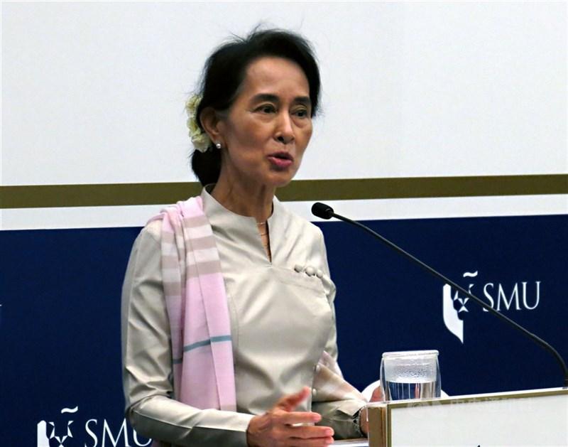 緬甸前民選政府領袖翁山蘇姬(圖)的律師表示,軍政府指控翁山蘇姬貪汙是「非法抹黑」。(中央社檔案照片)