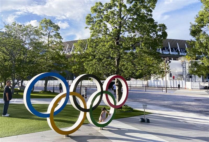 國際奧會將提供中國製疫苗給參加東奧等選手,日本東京奧運暨帕運擔當大臣丸川珠代12日說,事前並不知情。(共同社)
