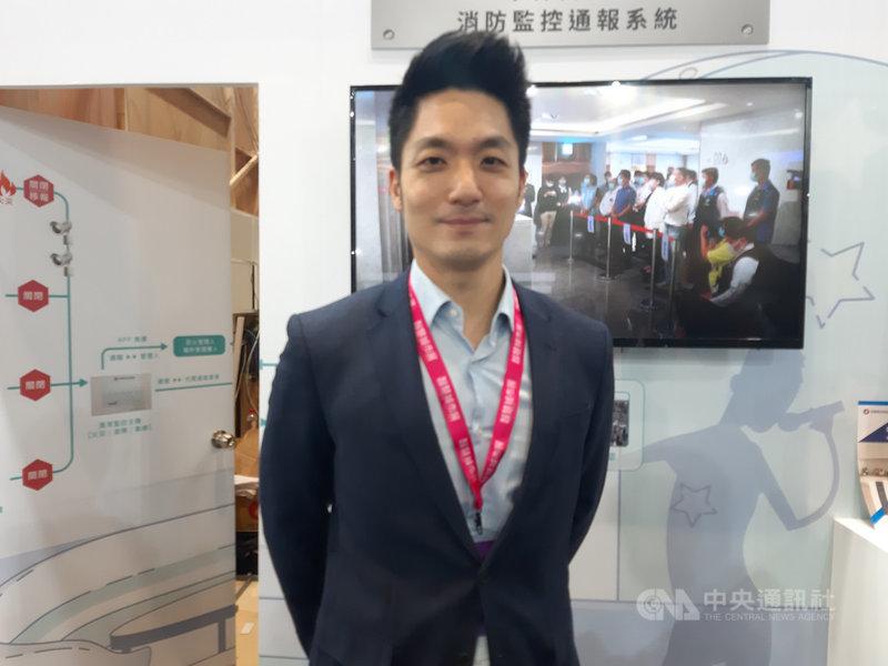 國民黨立委蔣萬安23日出席中保科技在2021智慧城市論壇活動表示,台北要成為真正的智慧城市,第一步要先有穩定的免費網路。中央社記者潘智義攝 110年3月23日