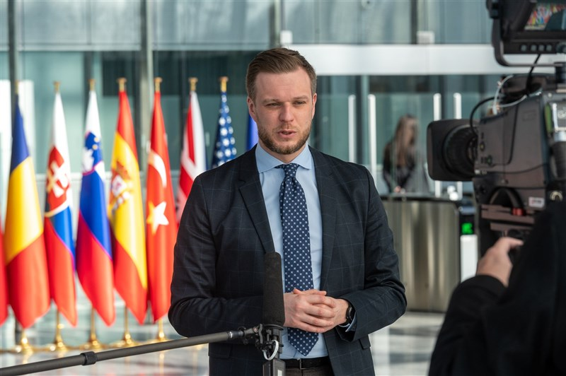 立陶宛外交部長藍斯柏吉斯(圖)22日在推特發文表示,9月底前將捐贈2萬劑AZ疫苗給台灣。總理席莫尼特說:「我們想送更多,但只能量力而為。」(圖取自twitter.com/LithuaniaMFA)