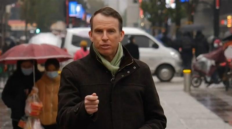 原駐中國的BBC記者沙磊說,最近中國當局對BBC展開猛烈文宣攻勢,甚至針對他個人,令他深感危險而選擇離開。(圖取自John Sudworth YouTube頻道網頁youtube.com)