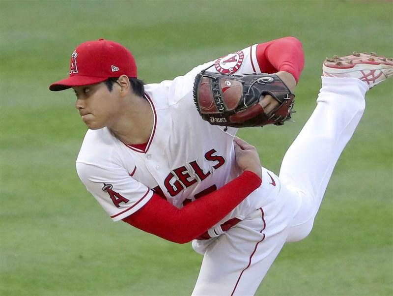 美國職棒大聯盟MLB洛杉磯天使20日將在主場迎戰德州遊騎兵,日籍二刀流球星大谷翔平將再度登板先發但不打擊。(共同社)