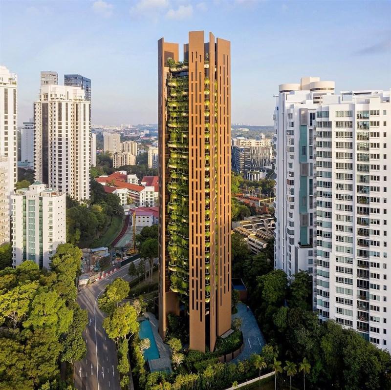 新加坡商業時報7日報導,食品製造商「中國旺旺控股有限公司」主席蔡衍明、任職同家公司的兒子蔡紹中一起買下名為「伊甸園」(Eden)的豪宅建案。(圖取自instagram.com/eden.singapore)