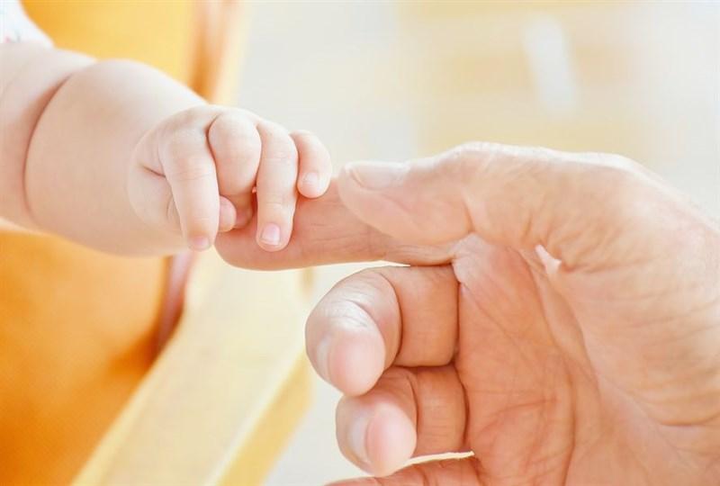 根據內政部最新人口統計,今年第1季出生數為3萬4917人、死亡人數為4萬7626人,死亡人數較出生多出1萬2709人,持續呈現人口負成長狀態。(圖取自Pixabay圖庫)