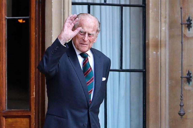 英國女王伊麗莎白二世的夫婿菲立普親王辭世,享壽99歲。(圖取自facebook.com/TheBritishMonarchy)