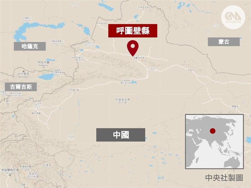 中國新疆昌吉州呼圖壁縣(紅標處)的豐源煤礦礦井10日發生透水事故,導致21人被困。(中央社製圖)