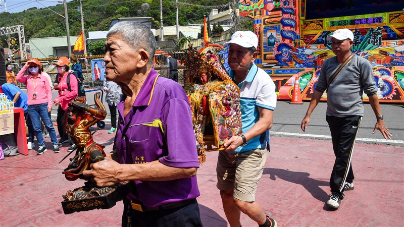 山邊村民將媽祖當成自家人守護,百年來如一日。(攝影:鄭清元)