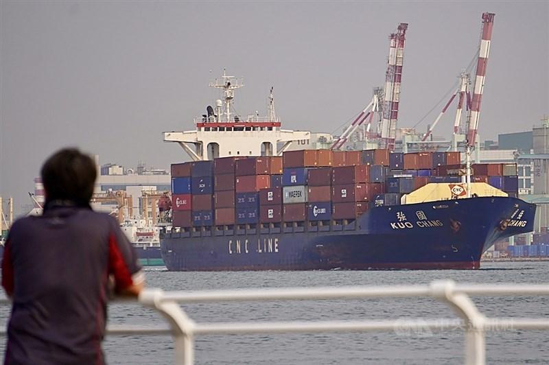 財政部9日公布3月出口358.9億美元,創歷年單月新高。(中央社檔案照片)