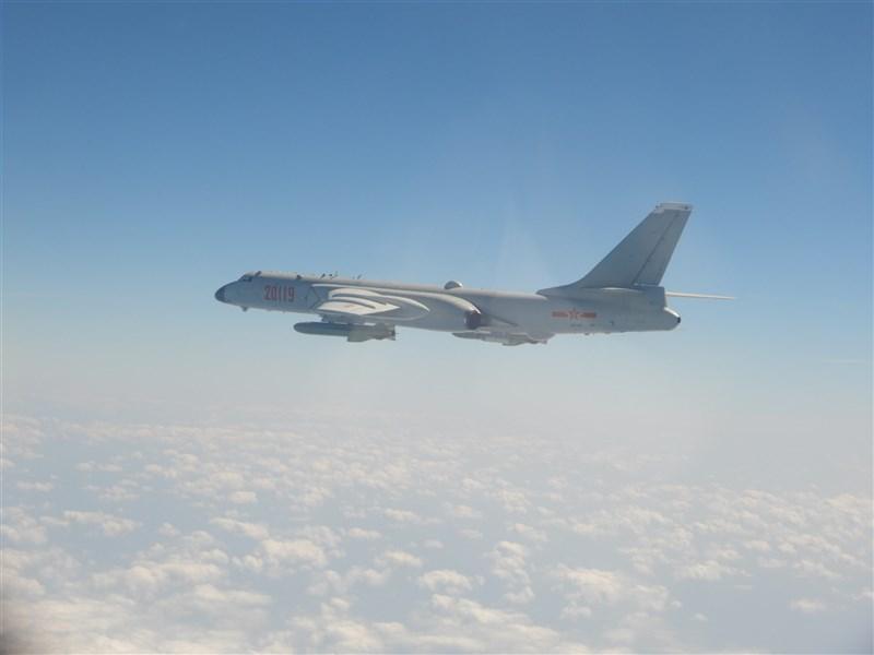 空軍12日發布共機動態,25架共機侵犯台灣西南防空識別區(ADIZ)。圖為轟6K同型機。(圖取自國防部網頁mnd.gov.tw)
