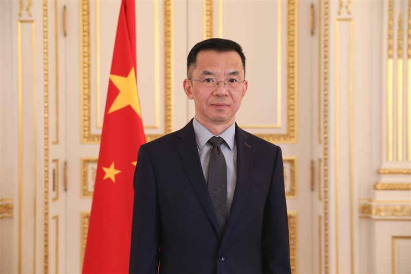 法國媒體「字母A」13日再揭露,中國駐法大使盧沙野(圖)二度致函參議院友台小組成員,企圖阻撓訪台行程。(圖取自facebook.com/AmbassadeChine)