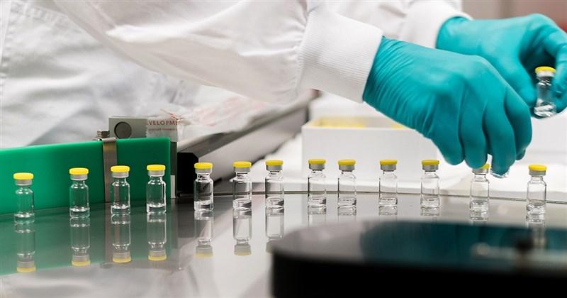 美國因健康顧慮提出暫緩使用嬌生集團研發的疫苗後,嬌生13日宣布將延後在歐洲推出這支疫苗。(圖取自嬌生網頁jnj.com)
