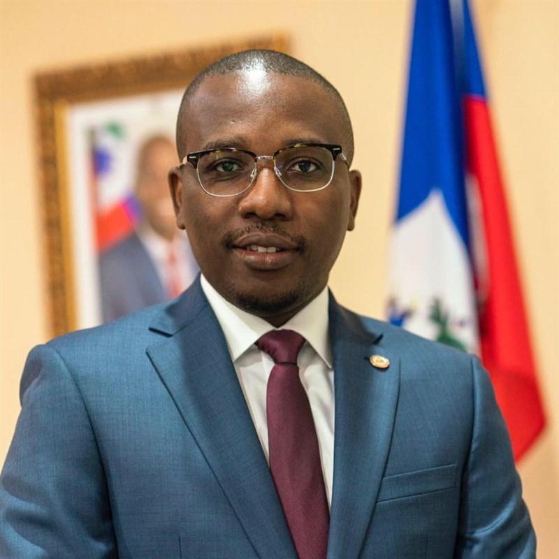 海地總統摩依士14日宣布,總理朱特塞領導的政府已總辭,他指派外交部長喬塞德(圖)接任總理。(圖取自facebook.com/claudejoseph03)