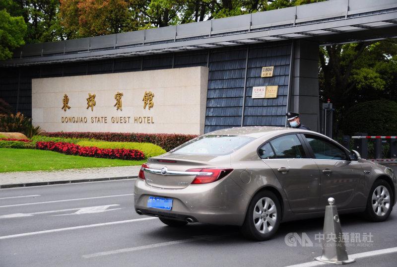 據了解,基於防疫原因,造訪上海的美國氣候變遷特使凱瑞(John Kerry)團隊這幾天可能不外出。中央社記者沈朋達上海攝  110年4月15日