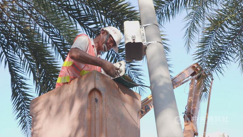 台中市政府與環保署合作,將空品微型感測器建置於全市29個行政區潛在污染熱點區、車流熱區及人口密集處,有效協助破獲空污違法案件。(環保局提供)中央社記者趙麗妍傳真  110年4月17日