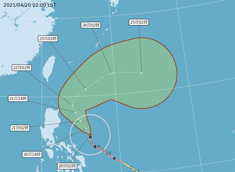 根據中央氣象局網站,強颱舒力基20日凌晨2時的中心位置在北緯15.1度,東經126.3度,以每小時9 公里速度,向北北西進行。(圖取自中央氣象局網頁cwb.gov.tw)