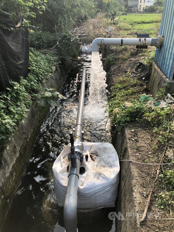 水利署北區水資源局與農田水利署新竹管理處協調,將位在新竹市的白沙屯圳一號及二號井水源,併入新竹淨水場的原水系統,提高自來水水源供應量,經日前測試,以每日取用1500噸為目標。(北水局提供)中央社記者魯鋼駿傳真 110年4月21日