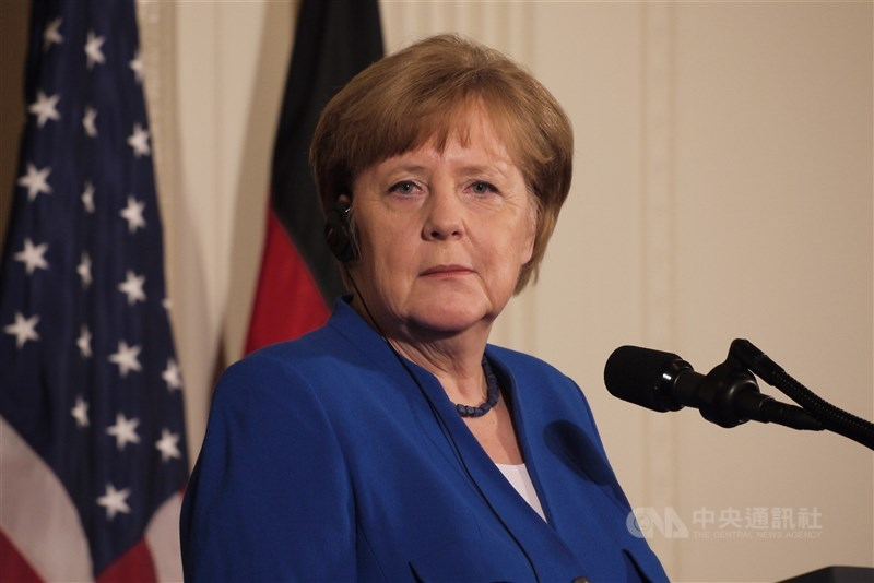 中國戰機屢屢侵入台灣防空識別區,德國總理梅克爾對此表示憂心,認為挑釁的行動可能演變成軍事衝突。(中央社檔案照片)