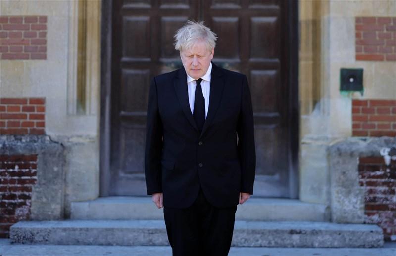 英國「每日郵報」揭露,英國首相強生去年第二度封城之前曾有過冷血發言,表示寧可看到「成千屍體堆疊」,也不會下令再度封城。(圖取自facebook.com/borisjohnson)