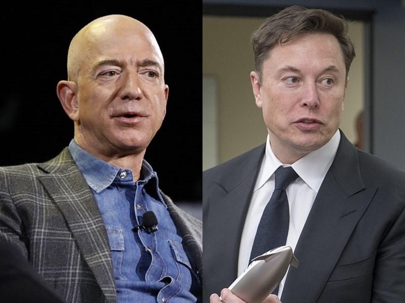 針對美國科技富豪馬斯克(右)的SpaceX公司贏NASA登月計畫合約,競爭對手貝佐斯(左)創辦的Blue Origin公司現在正式提出挑戰。(左圖美聯社,右圖取自維基共享資源,版權屬公有領域)