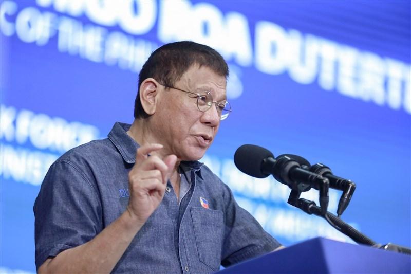 中國和菲律賓南海主權紛爭持續延燒。菲律賓總統杜特蒂說,對中國「欠了很多感謝」,但在保護國家利益上,馬尼拉當局不能讓步。(圖取自facebook.com/rodyduterte)