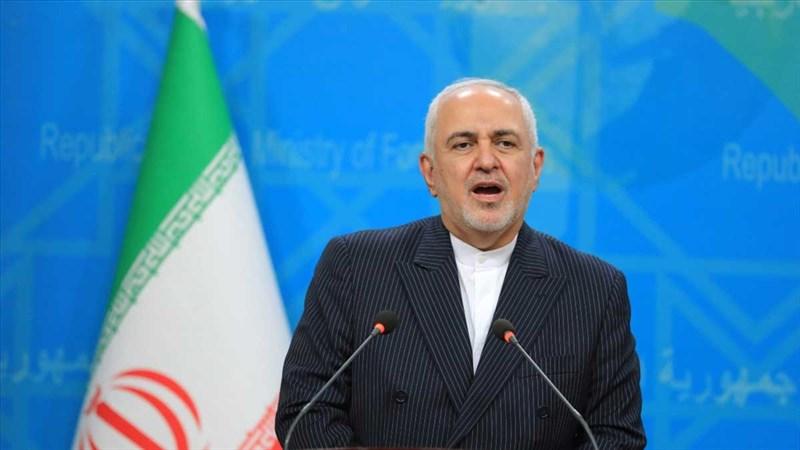 伊朗外交部長查瑞夫(圖)在外洩錄音中抱怨內部權力鬥爭,2日遭最高領袖哈米尼公開指責。(安納杜魯新聞社)