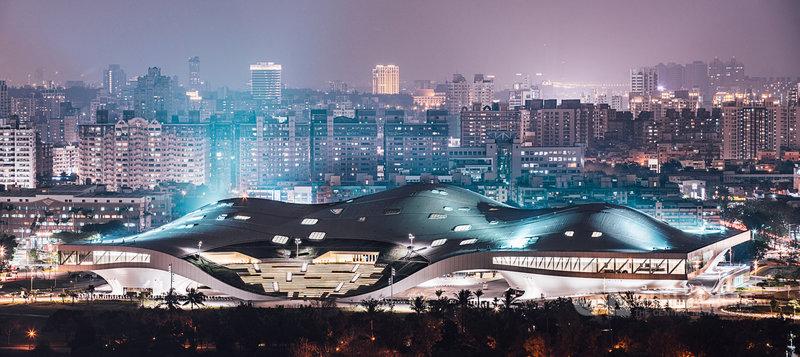 2022台灣燈會將在高雄市舉行,高市府規劃結合愛河灣及衛武營國家藝術文化中心為雙主場,希望展現台灣文化之美。(高市府提供)中央社記者王淑芬傳真 110年5月4日