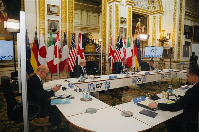 七大工業國集團(G7)外交部長在5日會議同意強化對抗假訊息等民主威脅,並斥責中國恃強凌弱、俄羅斯充滿惡意。(圖取自twitter.com/FranceintheUK)
