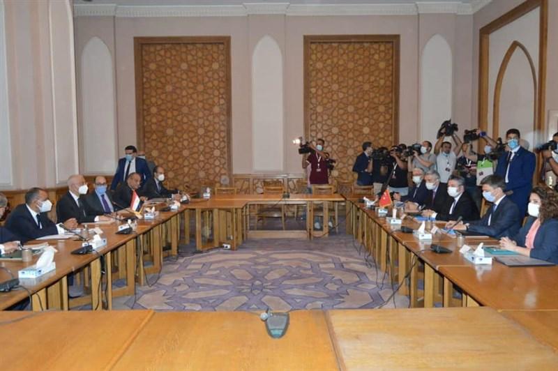 土耳其、埃及化敵為友,5、6日進行8年來首場外交磋商,會後稱會談「坦率、深入」,強調「雙方同意採取後續步驟」。(圖取自facebook.com/MFAEgypt)