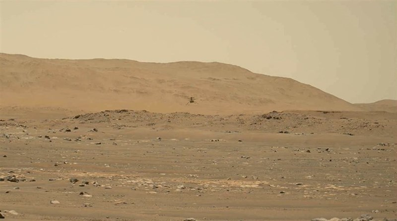 NASA火星探測車「毅力號」首度捕捉到無人機「創新號」在火星稀薄大氣中飛行時,槳葉轉動發出的低沉聲音。(圖取自twitter.com/NASAJPL)