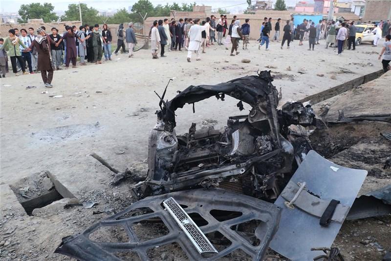 阿富汗首都喀布爾西區一所高中校門口附近8日下午遭汽車炸彈攻擊,當時正值放學時刻,已知55人喪生、超過150人受傷。(安納杜魯新聞社)