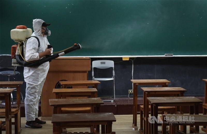 宜蘭出現一名武漢肺炎確診學童。縣政府表示,優先鎖定全班防疫,且該調查都會做。(示意圖/中央社檔案照片)