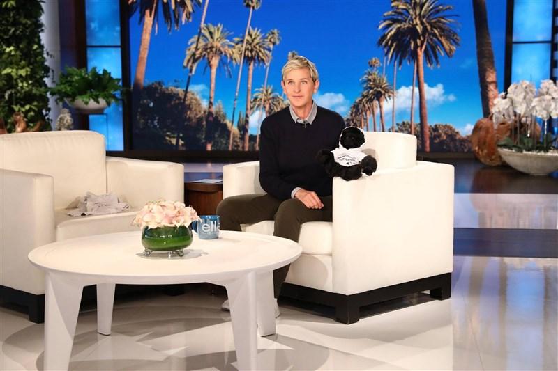 美國知名脫口秀主持人艾倫狄珍妮絲12日表示,她的節目艾倫秀在19季後將畫下句點。(圖取自facebook.com/ellentv)