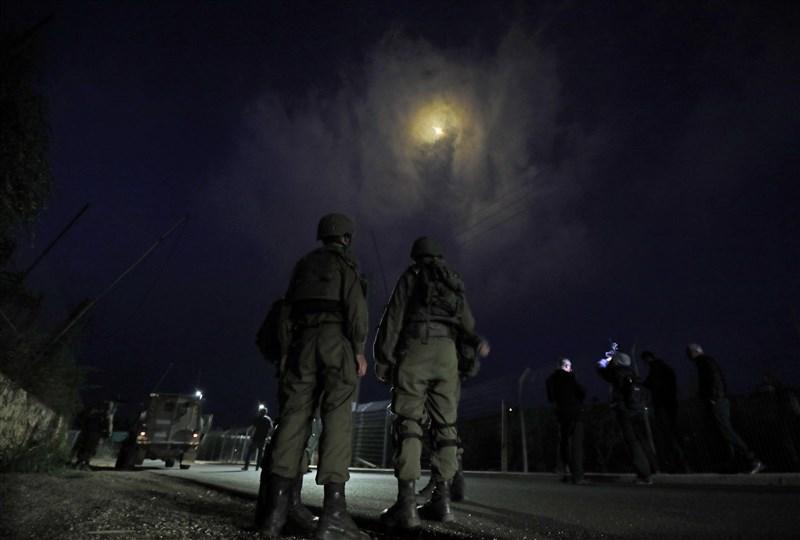 以色列軍方14日朝鄰國黎巴嫩開火。(法新社)