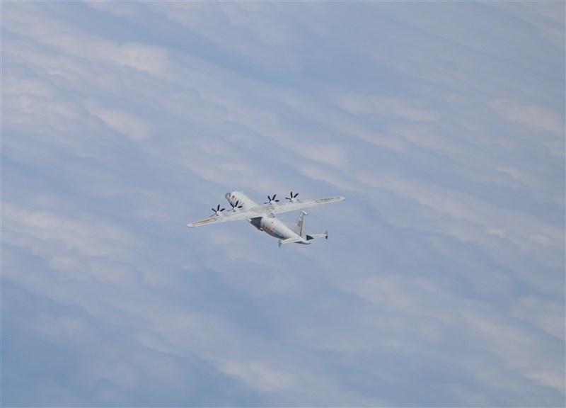 根據空軍15日發布的共機動態,1架運8技偵機上午侵擾台灣西南防空識別區(ADIZ)。圖為運8技偵機同型機。(圖取自國防部網頁mnd.gov.tw)