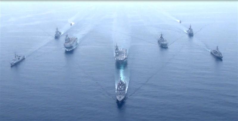日本海上自衛隊11至17日與美法澳3國海軍聯合演習。(圖取自twitter.com/ModJapan_jp)