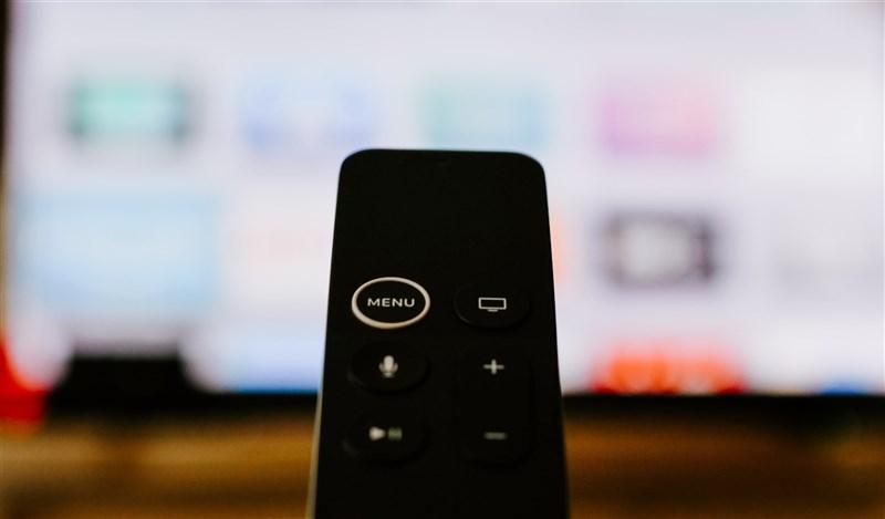 民眾近期多宅在家防疫,台灣大宣布提供myVideo豪華月租30日免費看序號、遠傳將贊助1萬張15日上網吃到飽易付卡給經濟弱勢。(示意圖/圖取自Unsplash圖庫)