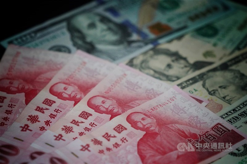 台北外匯市場新台幣兌美元匯率19日以27.93元開盤,升2.2分。 (中央社檔案照片)