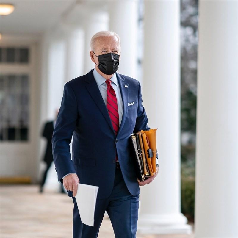 美國總統拜登提出7150億美元的國防部預算案,內容包括將數十億美元支出從舊系統改用於讓核子武器庫更加現代化,以嚇阻中國。(圖取自instagram.com/joebiden)
