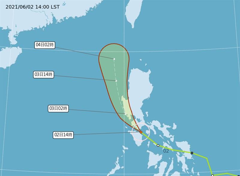 中央氣象局表示,4日受到颱風彩雲北上帶來的水氣,預計容易有局部短暫陣雨。(圖取自中央氣象局網頁cwb.gov.tw)