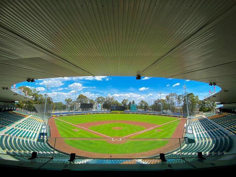 澳洲棒球國家隊8日以防疫為由宣布棄賽,原訂6搶1的賽事只剩3支球隊爭取最後一個奧運名額。圖為舉辦奧運最終資格賽的墨西哥賀曼諾斯賽爾丹(Hermanos Serdan)體育場。(圖取自twitter.com/Pericos_Oficial)