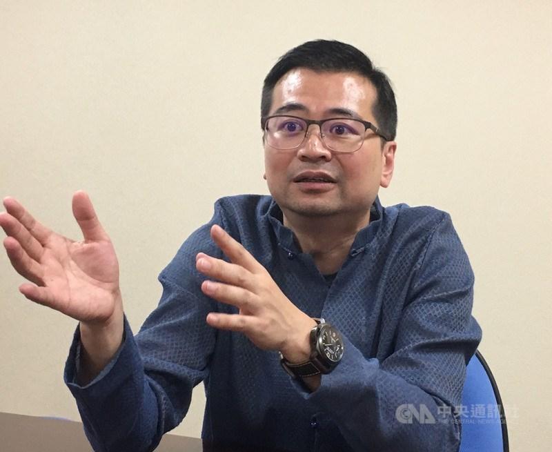 台北市小禾馨診所4分院拿到85瓶COVID-19疫苗。禾馨醫療執行長蘇怡寧10日強調,疫苗都打在員工身上。(中央社檔案照片)