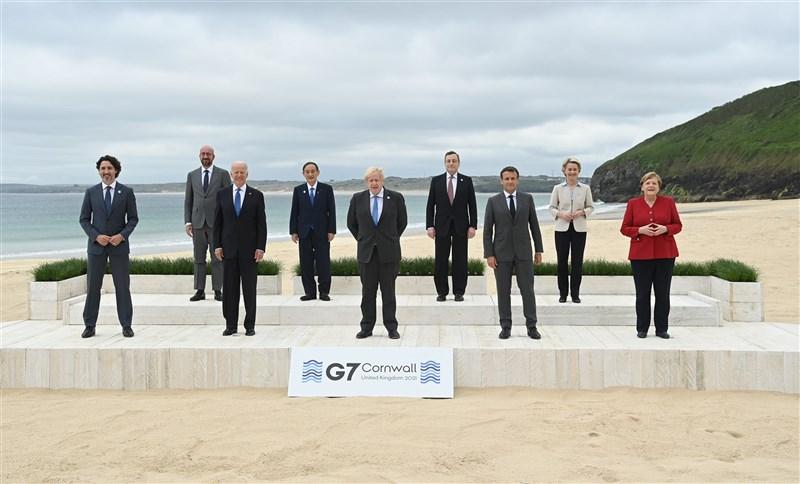 路透社報導,七大工業國集團領袖13日在幾近完成的峰會公報當中,強調台海兩岸和平穩定的重要性,並呼籲對COVID-19疫情源頭進行透明調查。(圖取自G7官方flickr網頁flickr.com)